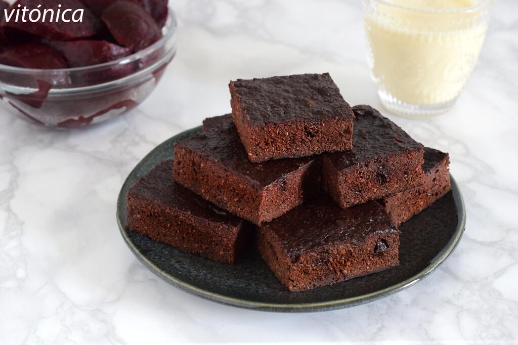 Brownie fitness de remolacha sin azúcar: receta dulce sin gluten para amantes del chocolate