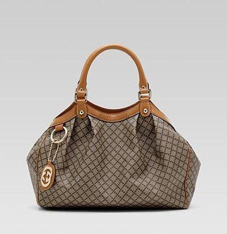 Gucci lanza una colección exclusiva on-line para inaugurar su nueva tienda on-line