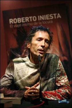 'Robe' Iniesta superventas también con su novela