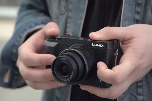 Panasonic Lumix GX80, Sony A7, Fujifilm X-T2 y más cámaras, objetivos y accesorios en oferta: llega Cazando Gangas