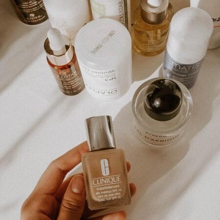 Buscadores web y probadores virtuales para encontrar el tono de base de maquillaje perfecto online: siete consejos para usarlos