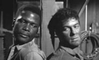 'Fugitivos', Tony Curtis y Sidney Poitier unidos por una cadena
