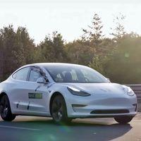Este Tesla Model 3 ha recorrido 1.001 km con una sola recarga y en modo Autopilot (pero tiene truco)