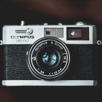 Olympus le dice adiós a su división de cámaras tras 84 años en el mercado: la venderán a la compañía que compró VAIO a Sony