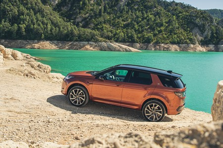 Land Rover Discovery Sport 2019 013