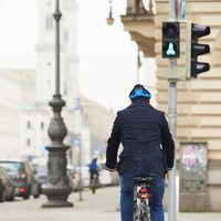 Todos los semáforos en verde para ciclistas vía app: así se quiere reducir tráfico y emisiones