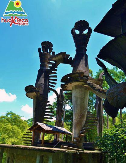 jardin-surrealista-3.jpg