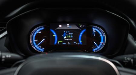 Al volante del Toyota RAV4 2019
