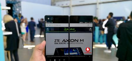 ZTE Axon M llega a España en exclusiva con Vodafone: doble pantalla por 819 euros a plazos