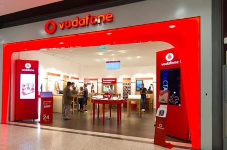 Vodafone duplicará durante el verano los megas de las tarifas de contrato, a cambio de tres euros