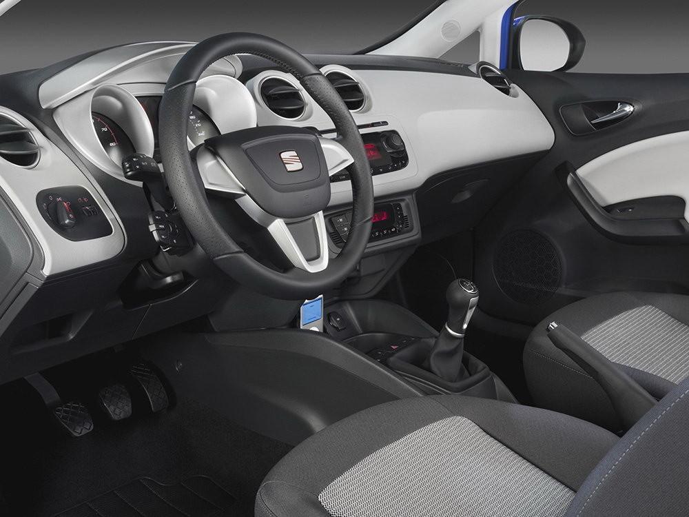 Foto de Seat Ibiza SportCoupe (20/100)