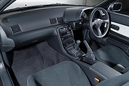 Nissan Skyline GT-R R32 restaurción completa NISMO como nuevo interior