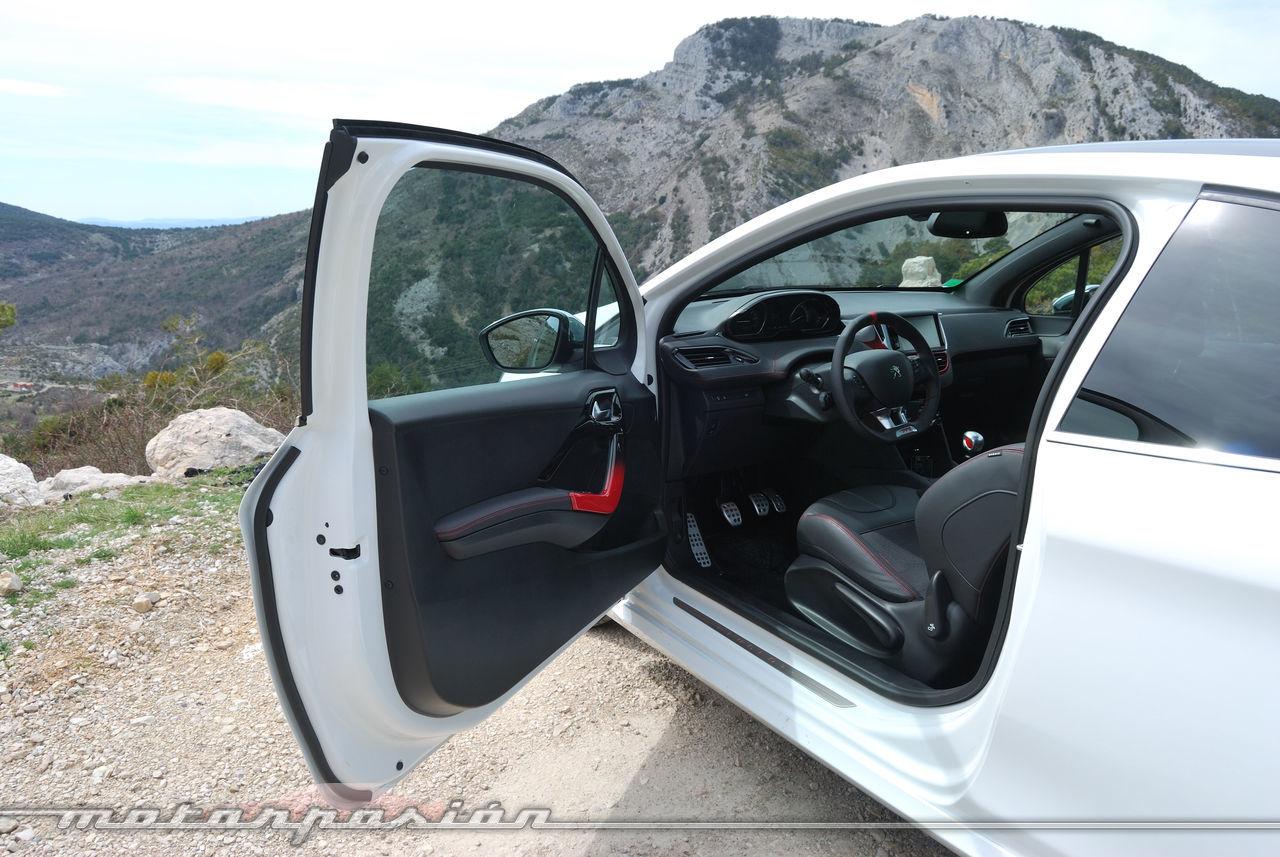Foto de Peugeot 208 GTi (presentación) (17/42)