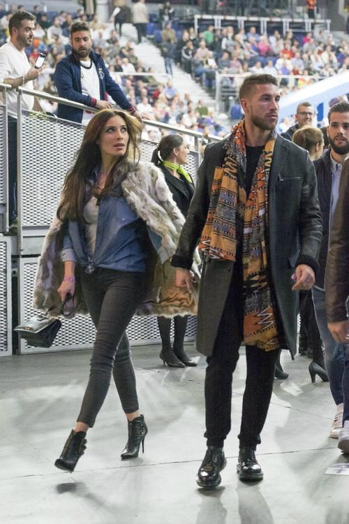 Sergio Ramos empieza el año con un fular étnico que nos tiene divididos: ¿complemento exitoso o para quemarlo en la hoguera?