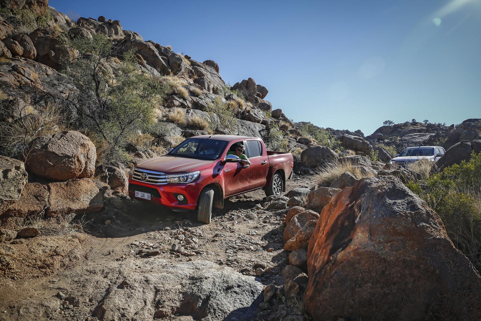 Foto de Toyota Hilux 2016 Namibia (60/74)