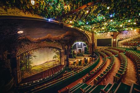 Las salas de cine están en crisis. Aquí reunimos a las 12 más bonitas del mundo para homenajearlas