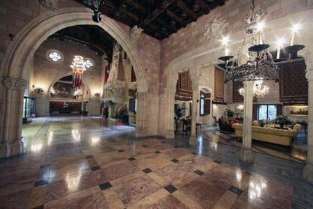 Casa-castillo de lujo en España: el Castillo de Santa Florentina en Canet de Mar