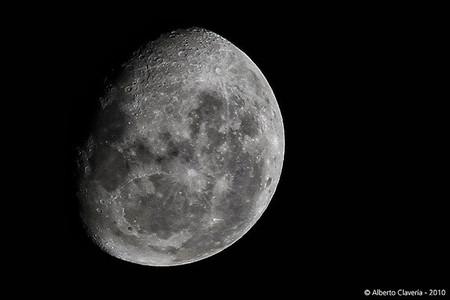 La luna más grande del año y teleobjetivos que no enfocan bien: Galaxia Xataka Foto