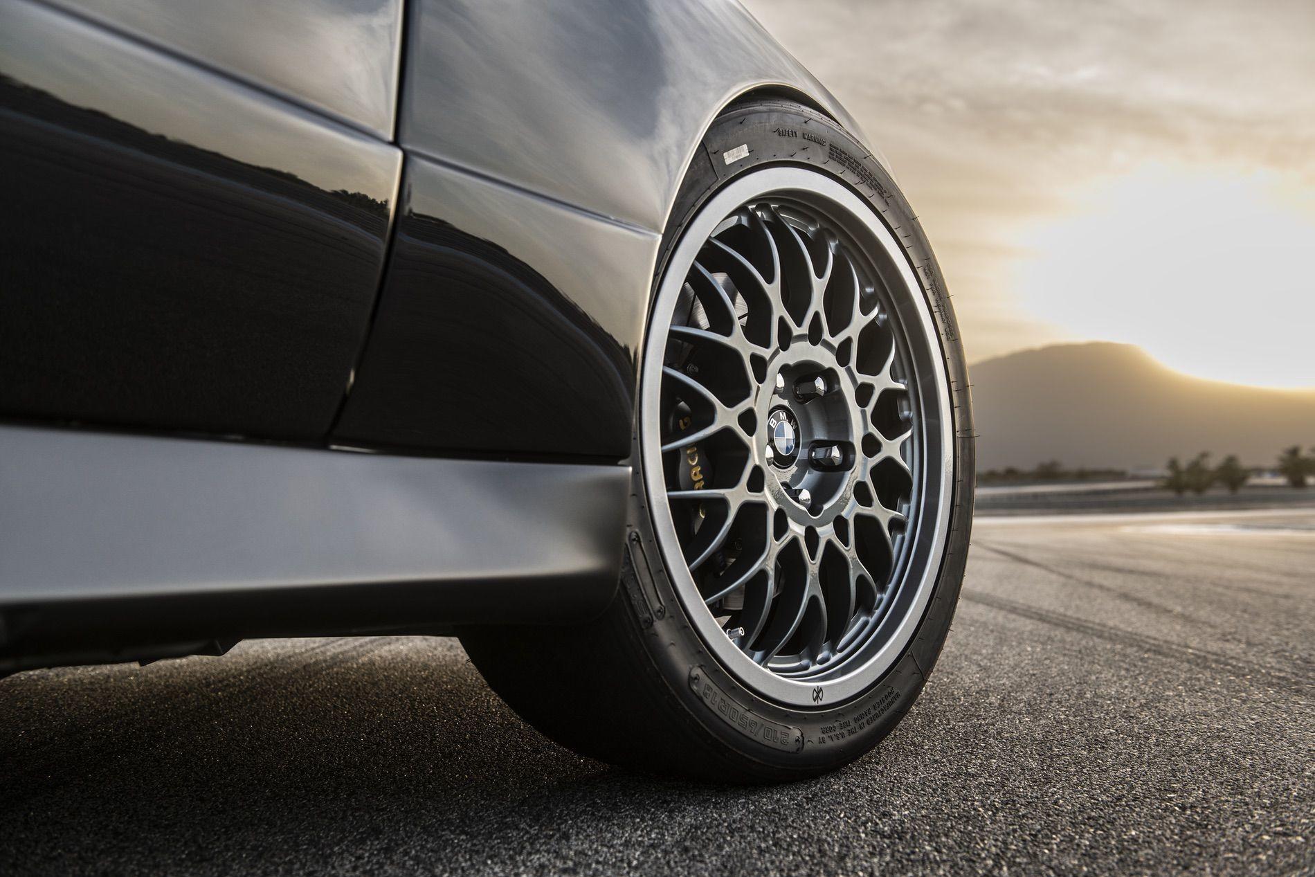 Foto de Redux BMW M3 E30 restomod (19/29)