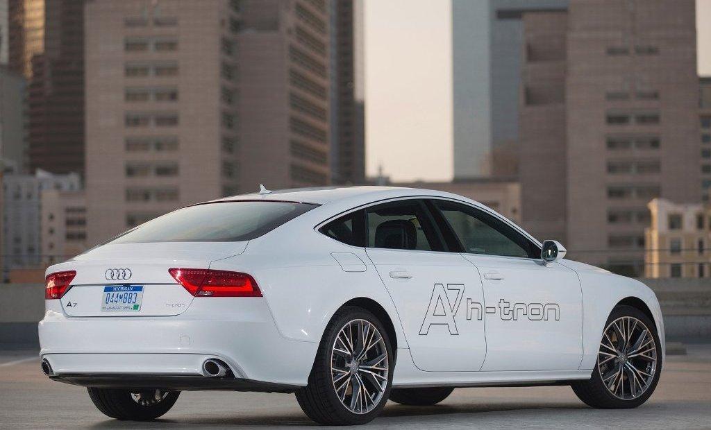 Foto de Audi A7 Sportback h-tron quattro (8/8)