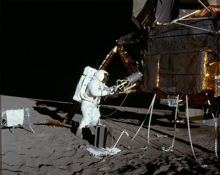Japón quiere llevar de nuevo al ser humano a la Luna, pero será en 2030 y buscando amigos internacionales
