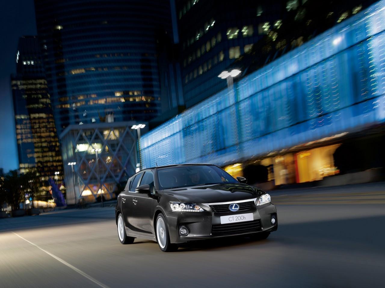 Foto de Lexus CT 200h (132/164)