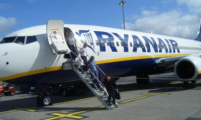 Ryanair cobrará un 2% más a los clientes que paguen con tarjeta de crédito