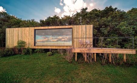 Nunca imaginarás que esta casa de campo ha sido creada con un contenedor marítimo reciclado y el resultado es espectacular