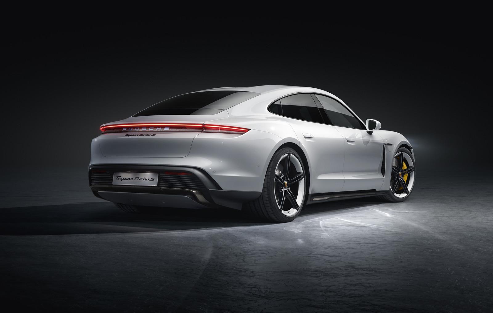 Foto de Porsche Taycan (12/21)
