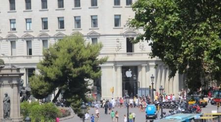 Apple invierte 16 mil millones de dólares en recomprar sus propias acciones