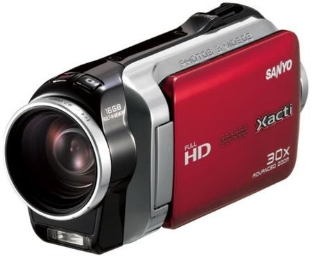 Sanyo insiste en nuevas formas para las videocámaras Xacti SH11 y CG110