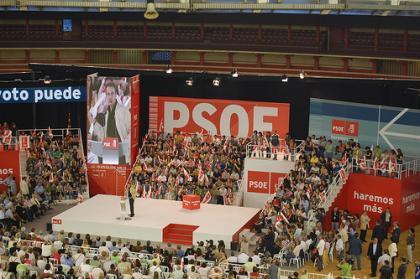 Zapatero va a actuar contra la crisis