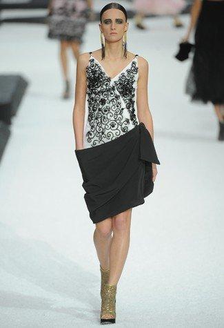 Chanel Primavera-Verano 2011 blanco negro