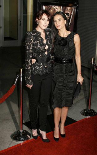 Demi Moore y Rumer Willis en la premiere de Sorority Row