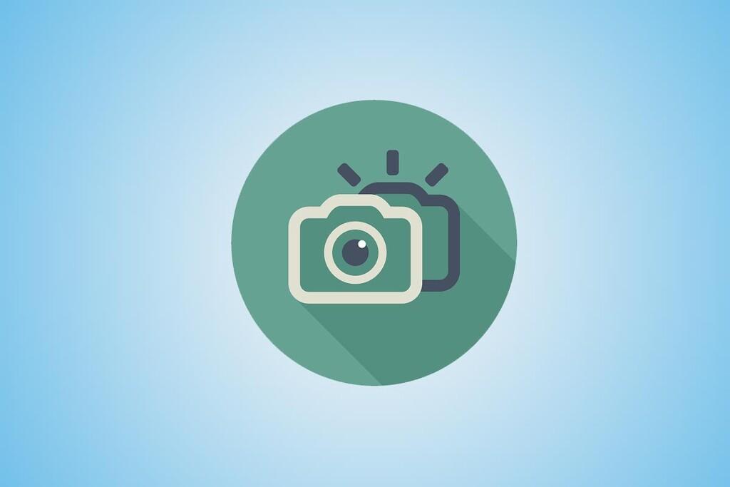 Grabar un vídeo cambiando de la cámara frontal a la trasera es probable con Flipcam, gratuitas y muy sencillo de usar