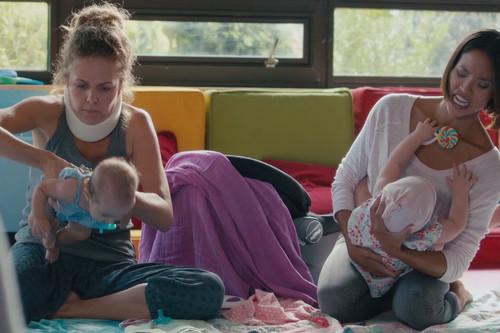 Qué consejo de maternidad le darías a tu yo más joven: siete madres nos responden