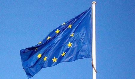 La Comisión Europea mete mano en la guerra de patentes entre Apple y Samsung