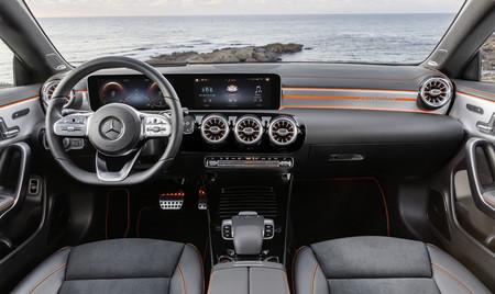 Mercedes Cla Coupe interior