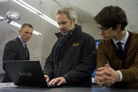 'Bond 24' se retrasa para aportar más humor al guion