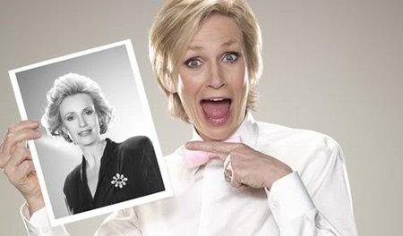 Jane Lynch presentará los Emmy 2011