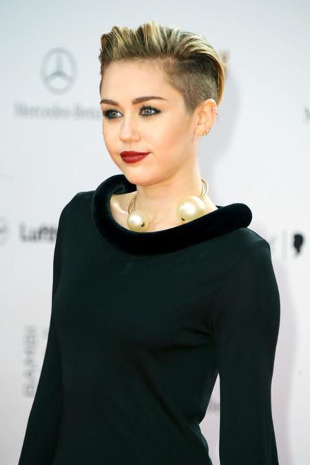 Miley Cyrus look