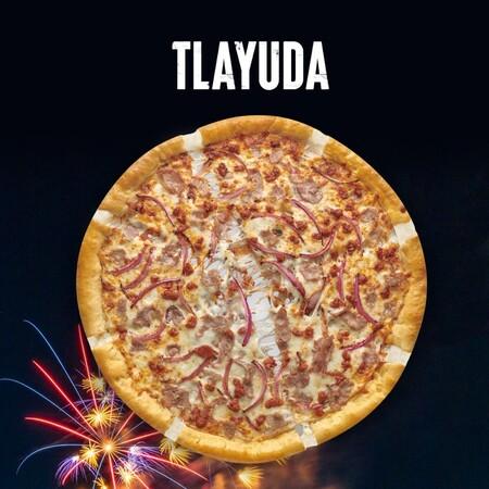 Pizza tlayuda crea polémica en tras su lanzamiento por una cadena internacional para festejar las fiestas patrias en México