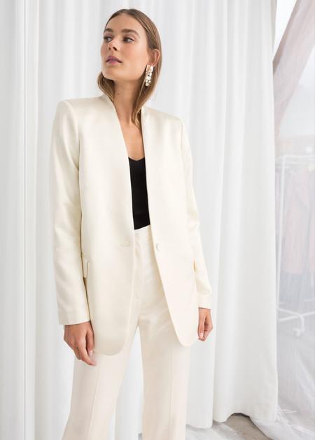 traje de chaqueta bodas de invierno novia