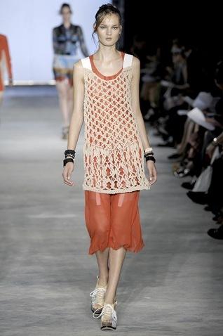 Foto de Tendencias Primavera 2011: el dominio del rojo en la ropa (5/28)