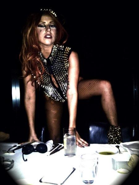 A Lady Gaga la noqueas o te termina el concierto sí o sí