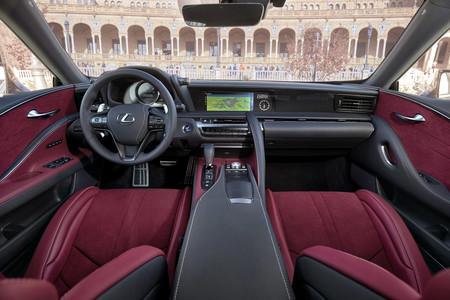 Alcantara Lexus Lc
