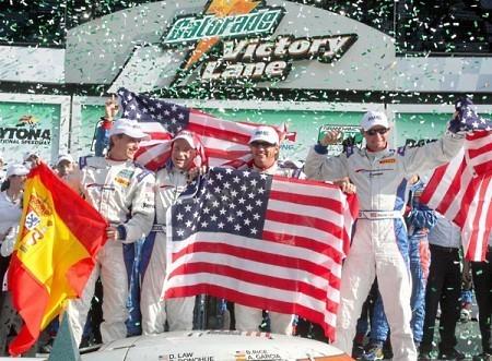 Antonio García y Brumos Porsche Racing hacen historia en Daytona