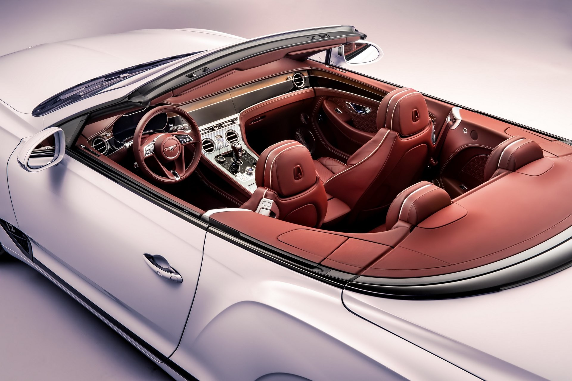 Foto de Bentley Continental GT Convertible 2019 (29/35)