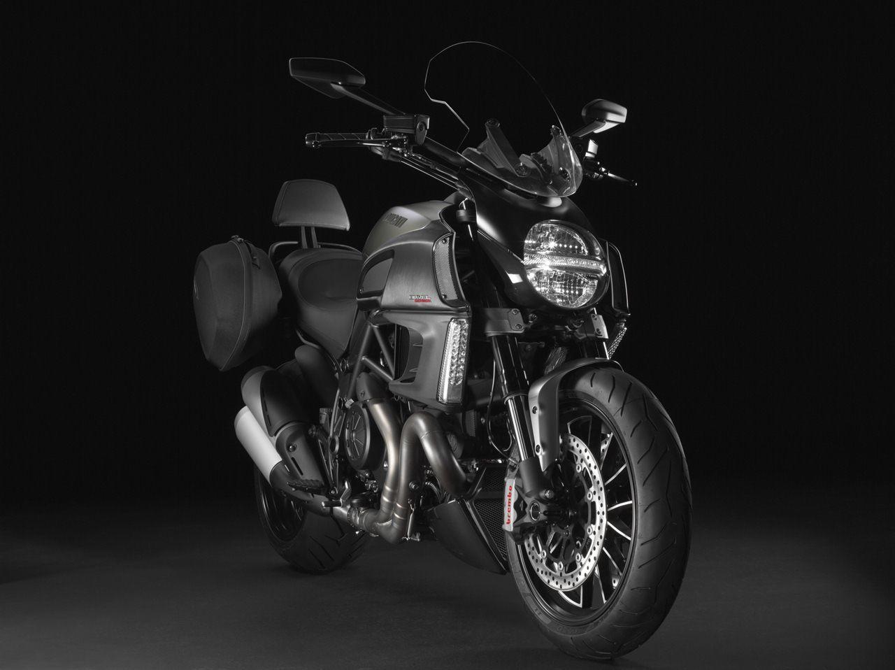 Foto de Ducati Diavel Strada (1/10)