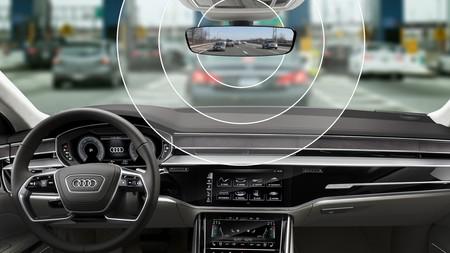 Ya hay alternativa al Vía-T pegado en el parabrisas: este invento de Audi